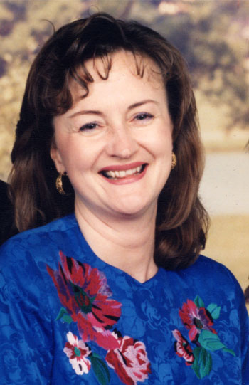 Nancy Farahmand headshot
